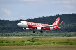 こじゆきさんが、クアラルンプール国際空港で撮影したエアアジア A320-216の航空フォト(飛行機 写真・画像)