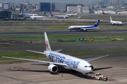 Hiro-hiroさんが、羽田空港で撮影した日本航空 777-289の航空フォト(飛行機 写真・画像)