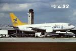 tassさんが、マイアミ国際空港で撮影したTAESA 737-5Y0の航空フォト(飛行機 写真・画像)