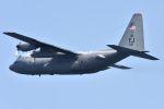 kazuchiyanさんが、岩国空港で撮影したアメリカ空軍 C-130H Herculesの航空フォト(飛行機 写真・画像)