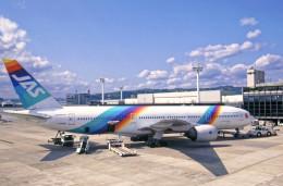 Airliners Freakさんが、伊丹空港で撮影した日本エアシステム 777-289の航空フォト(飛行機 写真・画像)