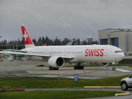 ヒロリンさんが、ペインフィールド空港で撮影したスイスインターナショナルエアラインズ 777-3DE/ERの航空フォト(飛行機 写真・画像)