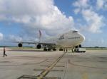 南国の防人さんが、サイパン国際空港で撮影した日本航空 747-446の航空フォト(飛行機 写真・画像)