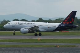 採れたてほしいもさんが、マンチェスター空港で撮影したブリュッセル航空 A319-112の航空フォト(飛行機 写真・画像)