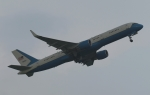 木人さんが、横田基地で撮影したアメリカ空軍 VC-32A (757-2G4)の航空フォト(飛行機 写真・画像)