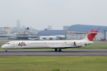 lonely-wolfさんが、伊丹空港で撮影した日本航空 MD-90-30の航空フォト(飛行機 写真・画像)