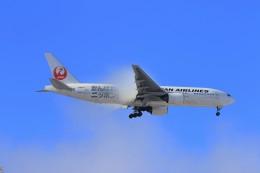 hidetsuguさんが、新千歳空港で撮影した日本航空 777-289の航空フォト(飛行機 写真・画像)