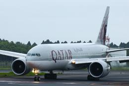 SGR RT 改さんが、成田国際空港で撮影したカタール航空 777-2DZ/LRの航空フォト(飛行機 写真・画像)