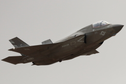 キャスバルさんが、ミラマー海兵隊航空ステーション で撮影したアメリカ海兵隊 F-35B Lightning IIの航空フォト(飛行機 写真・画像)