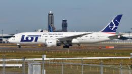 saoya_saodakeさんが、成田国際空港で撮影したLOTポーランド航空 787-8 Dreamlinerの航空フォト(飛行機 写真・画像)