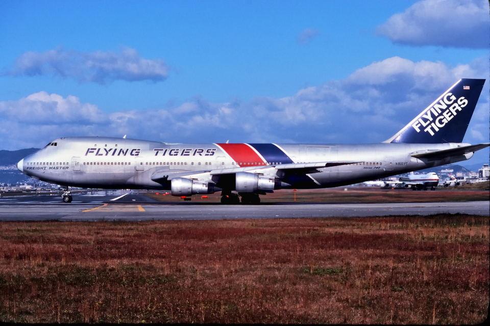 パール大山さんのフライング・タイガー・ライン Boeing 747-100 (N802FT) 航空フォト