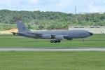 kumagorouさんが、嘉手納飛行場で撮影したアメリカ空軍 KC-135R Stratotanker (717-148)の航空フォト(飛行機 写真・画像)