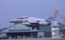 F-4さんが、入間飛行場で撮影した航空自衛隊 T-4の航空フォト(飛行機 写真・画像)