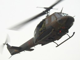 hanatomo735さんが、海田市駐屯地で撮影した陸上自衛隊 UH-1Jの航空フォト(飛行機 写真・画像)