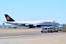 Hiro Satoさんが、羽田空港で撮影したルフトハンザドイツ航空 747-830の航空フォト(飛行機 写真・画像)
