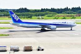 Hiro Satoさんが、成田国際空港で撮影した全日空 767-381/ERの航空フォト(飛行機 写真・画像)