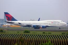 採れたてほしいもさんが、成田国際空港で撮影したデルタ航空 747-451の航空フォト(飛行機 写真・画像)