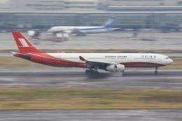 メンチカツさんが、羽田空港で撮影した上海航空 A330-343Xの航空フォト(飛行機 写真・画像)