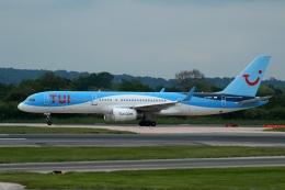 採れたてほしいもさんが、マンチェスター空港で撮影したトゥイ・エアウェイズ 757-2G5の航空フォト(飛行機 写真・画像)