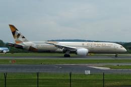 採れたてほしいもさんが、マンチェスター空港で撮影したエティハド航空 787-9の航空フォト(飛行機 写真・画像)