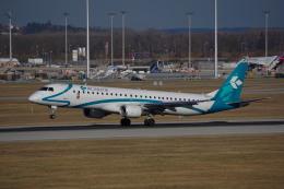 JA8037さんが、ミュンヘン・フランツヨーゼフシュトラウス空港で撮影したエア・ドロミティ ERJ-190-200 LR (ERJ-195LR)の航空フォト(飛行機 写真・画像)