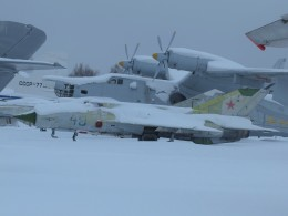 Smyth Newmanさんが、モニノ空軍博物館で撮影したソビエト空軍 MiG-21bisの航空フォト(飛行機 写真・画像)