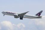 水月さんが、関西国際空港で撮影したカタール航空カーゴ 777-FDZの航空フォト(飛行機 写真・画像)