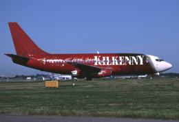 パール大山さんが、ロンドン・ガトウィック空港で撮影したライアンエア 737-230/Advの航空フォト(飛行機 写真・画像)