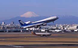 F-4さんが、羽田空港で撮影した全日空 L-1011-385-1 TriStar 1の航空フォト(飛行機 写真・画像)