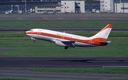 F-4さんが、羽田空港で撮影した南西航空 737-2Q3/Advの航空フォト(飛行機 写真・画像)