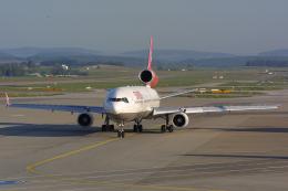 Hariboさんが、チューリッヒ空港で撮影したスイスインターナショナルエアラインズ MD-11の航空フォト(飛行機 写真・画像)