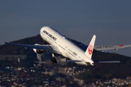 T.Sazenさんが、伊丹空港で撮影した日本航空 777-346の航空フォト(飛行機 写真・画像)