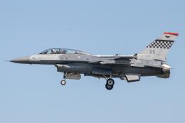 KANTO61さんが、烏山空軍基地で撮影したアメリカ空軍 F-16DM-40-CF Fighting Falconの航空フォト(飛行機 写真・画像)