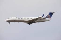 masa707さんが、ロサンゼルス国際空港で撮影したスカイウエスト CL-600-2B19 Regional Jet CRJ-200ERの航空フォト(飛行機 写真・画像)