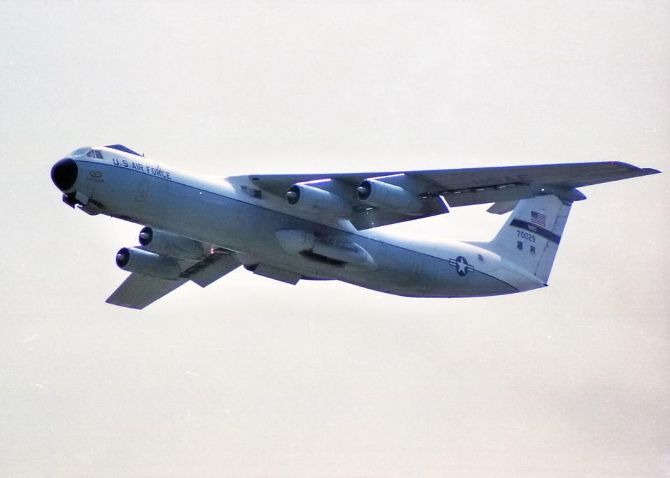 アメリカ空軍 Lockheed C-141 Starlifter 67-0029 横田基地 航空フォト ...