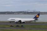 KAZFLYERさんが、羽田空港で撮影したルフトハンザドイツ航空 747-830の航空フォト(飛行機 写真・画像)