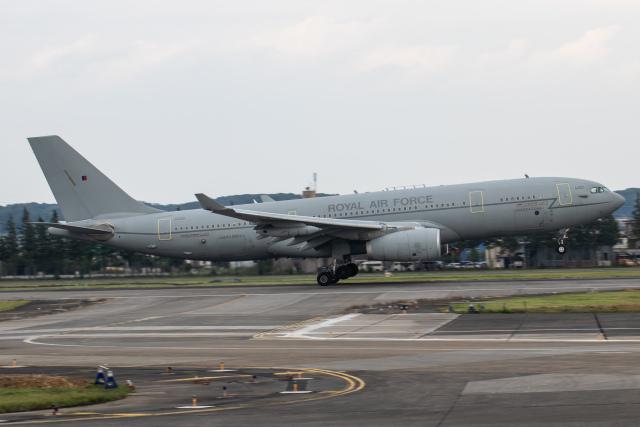 KANTO61さんが、横田基地で撮影したイギリス空軍 A330-243/MRTTの航空フォト(飛行機 写真・画像)