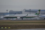 LEGACY-747さんが、成田国際空港で撮影したエバー航空 A321-211の航空フォト(飛行機 写真・画像)
