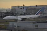 LEGACY-747さんが、羽田空港で撮影したエールフランス航空 777-228/ERの航空フォト(飛行機 写真・画像)