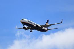 kenzy201さんが、リスボン・ウンベルト・デルガード空港で撮影したライアンエアーUK 737-8ASの航空フォト(飛行機 写真・画像)