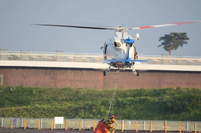 Sakamoさんが、双葉滑空場で撮影した山梨県防災航空隊 S-76Dの航空フォト(飛行機 写真・画像)