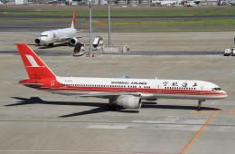 shibu03さんが、羽田空港で撮影した上海航空 757-26Dの航空フォト(飛行機 写真・画像)