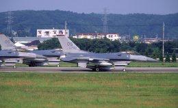 F-4さんが、横田基地で撮影したアメリカ空軍 F-16CM-40-CF Fighting Falconの航空フォト(飛行機 写真・画像)