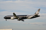 LEGACY-747さんが、成田国際空港で撮影したニュージーランド航空 777-319/ERの航空フォト(飛行機 写真・画像)