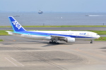 LEGACY-747さんが、羽田空港で撮影した全日空 777-281/ERの航空フォト(飛行機 写真・画像)