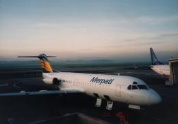 エルさんが、シドニー国際空港で撮影したメルパチ・ヌサンタラ航空 DC-9-32の航空フォト(飛行機 写真・画像)