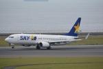 LEGACY-747さんが、中部国際空港で撮影したスカイマーク 737-8FZの航空フォト(飛行機 写真・画像)