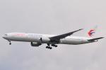 LEGACY-747さんが、成田国際空港で撮影した中国東方航空 777-39P/ERの航空フォト(飛行機 写真・画像)