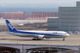 senyoさんが、羽田空港で撮影した全日空 767-381の航空フォト(飛行機 写真・画像)
