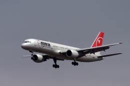 senyoさんが、成田国際空港で撮影したノースウエスト航空 757-251の航空フォト(飛行機 写真・画像)